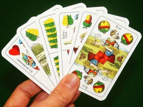 Schnapsen, Karten